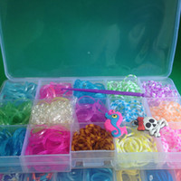 Cheap NEW Rainbow Loom Bands Kit 750 Bands Loom Refill Set 15 Colors with 24 Clips 2charms 50pc Each cell Plastic case Best price