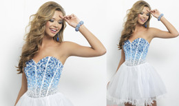 Wholesale Alluring Sweetheart Homecoming Dresses A Line Tulle Crystals Backless Party Dress Short Prom Gown