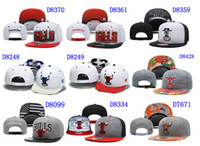 Wholesale Bulls Snapback White Snapbacks Flora Brim Mens Womens Snap Backs Hats Hip Hop Caps Cheap Flat Cap Snap Back Hats Sports hat