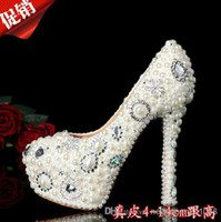 Cheap Buy Fashion Pearl Crystal Beaded Wedding Shoes Round Toe lady's formal shoes Women's High Heels Bridal Evening Prom Party Bridesmaid Shoes