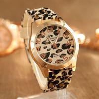 Wholesale 2014 Women s Geneva Watch Leopard gold color Silicone Wristwatches Quartz Ladies dress watch dropship digital time Sport Watch GH10