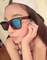 2014 Nuevas gafas de sol de las mujeres de las gafas de sol de los hombres 4color Lentes antirreflejos reflexivas gafas de sol unisex de los vidrios vendidas al aire libre por china666