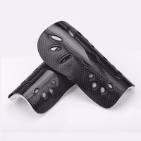Wholesale MN Luwint flanchard football shin pads belt breathable cuish plate adult ultra light child guard mm