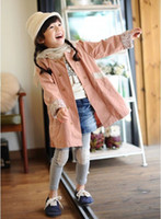 Cheap Hot Children Girls Autumn Long Wind Coat Kids Long Sleeve Flower Lace Pocket Outwear Clothing Childs Floral Casual Tench Coat 5pcs lot M0483