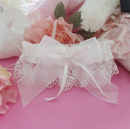 Wholesale 2014 s Special Wedding Party Bridal Garters with Lace Flower And Tulle Bowtie for Wedding