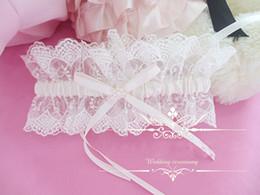 Wholesale 2014 Fashion Grea Quality Wedding Bride Beige Lace Flower Garters Bowtie Wedding Accessory Beige Sexy Lace Garters