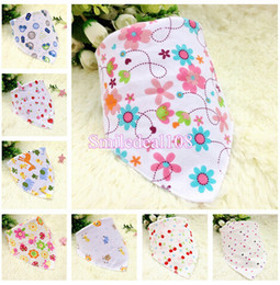 Wholesale Infant Baby Feeding Bibs Burp Double Layer Saliva Towel Toddler Bandana Triangle Head Scarf With Buttons