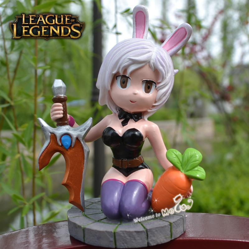The Exile Battle Bunny Riven Figures LOL Champions Action ...