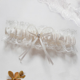 Wholesale 2014 Beige Bowknot New Fashion Style Sexy Garters Lace Flower Bridal Garter Wedding Party Special Garters
