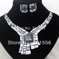 Cheap vintage design brand high quality blue red alloy jewelry sets costume vintage necklace and earrings sets for women free shipping