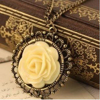 Cheap Min.order is $5 (mix order)Free Shipping,Elegant Vintage Cream Rose Disk Pierced Lace Chain Pendants Necklace(N026)