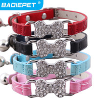 Wholesale New Arrial Faux Croc Pu Leather Crystal Bone Charm Cat Collar with Bell