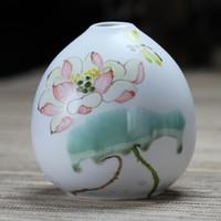 Wholesale Dehua porcelain small vase ceramic mini vase hand painted porcelain ornaments modern fashion creative plug vase