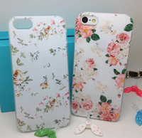 Wholesale England idyllic small floral retro small fresh apple phone shell mobile phone sets shell influx of women iphone5S