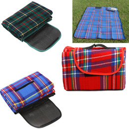 Wholesale Quality Red quot X quot Waterproof Outdoor Picnic Camping Moistureproof Mat Plaid Blanket H8798R
