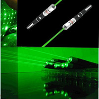 Wholesale 532nm mW Laser Pointer Green Laser Pointer Ray Beam Laser Pointer Pen Different Laser Patterns Xmas Gifts Star Head Laser Pointers Pen