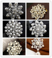 Wholesale 30 Mix styles Popular top Jewelry alloy diamond brooch pearl Pins Brooches Wedding Bouquet Brooch Flowers Brooches Pins bride accessories