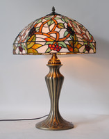 Wholesale Handcrafted Style Stained Glass Grapes Light Table Lamp