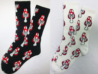 Cheap 24pcs=12pair NEW Cotton cute amanita mushroom weed style towel bottom thicken plantlife skateboarding outdoor sport socks 24pcs lot