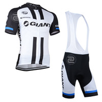 Wholesale hot giant Mountain Racing Bike Cycling Clothing Set Breathable Bicycle Cycling Jerseys Ropa Ciclismo Short Sleeve Cycling Sportswear