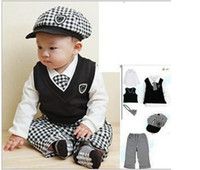 track suit - New Classic Fashion boys Gentleman Spring autumn clothing Sweater track suit with hats sets