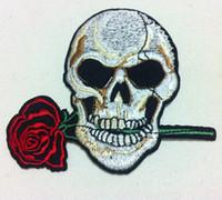 al por mayor zombi del punk-Wholesales ~ 10 pedazos Zombi punky del cráneo y Rose (9 x 9 cm) Remiendo fresco Remiendo punky del Applique bordado (ALW)