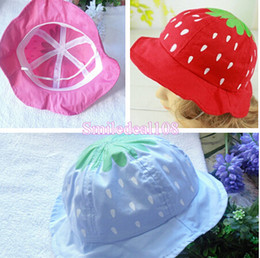 Wholesale Summer Kid Children Strawberry Sun Hat Baby Toddler Girl Sweet Dot Cotton Bucket Hat Cap Cute