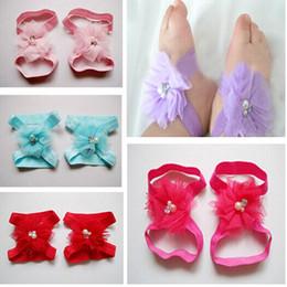 Descuento sandalias de perlas flores 30pairs / bebés de la porción Rhinestone Barefoot calcetines zapatos de las sandalias infante Tul perla del pie Adornos para niños calcetines de la flor de 10 colores M0307