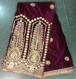 Wholesale YARDS a piece Luxury African velvet fabric with newest design sequins embroidery for making dress clothing