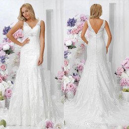 Elegant Vintage Bridal Dress V Neck Cheap Backless Formal Sheer 2014 Crystals Wedding Gowns Sexy Ball Dresses Covered Botton With Lace Long