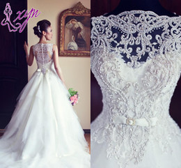 Newest Elegant Sleeveless Crystal Wedding Dresses 2017 Fashion White A Line Princess Tulle Bridal Gowns Long W1016 High Quality Stunning Top
