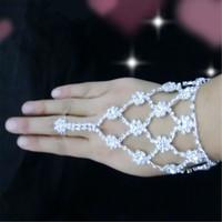 Wholesale Fashion Crystal Bridal Bracelets Flower Design Wedding Bridal Charm Bracelet Wedding Jewelry Accessories