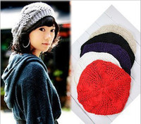 Wholesale Hot Selling Colors Fashion Women Winter Warm Beret Braided Baggy Beanie Knitted Hat Ladies Autumn Cap