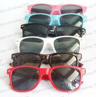 5pcs lot Cheap Wayfarer classic sunglasses women men beach s...