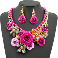 Wholesale 2014 New Design Spring Gold Chain Spray Paint Metal Flower Crystal Necklace Luxury Jewelry for women dress