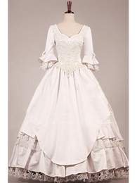 Wholesale Vintage Victorian Wedding Dresses with Long Sleeves V Neck Lace Tiered Ball Gown Wedding Gowns Sweep Train Bridal Gowns