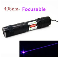 Wholesale 1000mw LED Laser Pointers nm Blue Violet Light Laser Pointer Focusable Burn Black Match Cigarettes LED Laser Pen Blue violet Flashlight