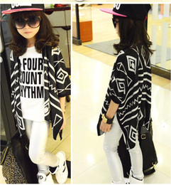 Wholesale New Girls Fashion Knitted Cardigan Children Geometry Shawl Baby Sweater Kids Outwear Autumn Sweater