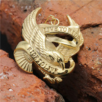 Wholesale Biker Fashion Golden Eagle Motorcycle Cool Pendant Stainless Steel Hot Sale k Golden Flying Eagle Punk Style Pendant