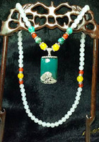 Wholesale Unique Tridacna jewelry series White jade Necklace with Green Agate pendant New arrival