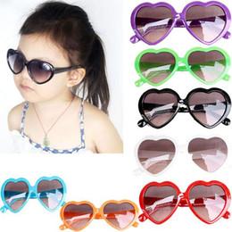 2017 gafas de sol púrpura 5PCS en Forma de Corazón de los Niños Bebe Niños Niñas Niños Gafas de sol Gafas de Niño de la Edad de 3 a 12 años, Violeta/Rojo/Azul/Negro/Verde de Envío Gratis gafas de sol púrpura baratos