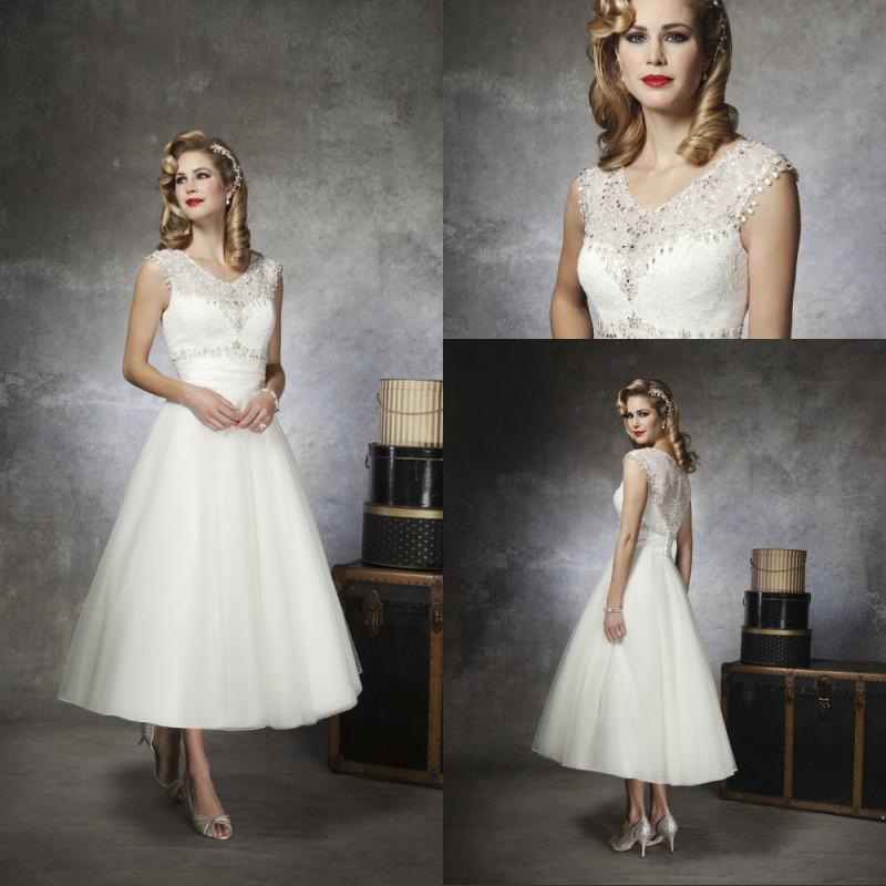 2014 Short Vintage Wedding Dress Jewel Neck Sleeveless Tea Length Beading Lace Tulle Bridal Gown