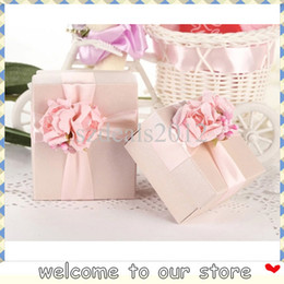 Wholesale 30PCS European Romantic New Wedding Candy Box Square Case Colorful Flower Wedding Favors Holder Gift With Silk Ribbon Wraps
