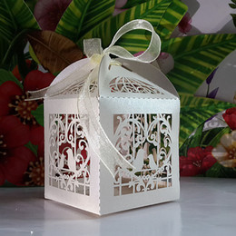 Wholesale Laser cut Ivory Birdcage Wedding candy Box in Pearlescent Paper box baby shower wedding favors and gifts chocolate box