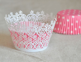12pcs lot free shipping White Garden Flower laser cut lace cupcake wrapper muffin paper cup cake liner holder box wedding birthday party
