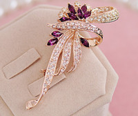 Wholesale Excellent Elegant Flower Women Wedding Brooches Crystal Accessories Alloy Fashion Rhinestone Bridal Jewelry Best Sale Pins For Party XR