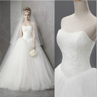 Wholesale High quality New Wedding dress Real Sample Hot sale Fashion strapless Tulle lace Ball Gown Wedding dresses Bridal Dress