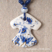 Wholesale Sources manufacturers dream around the blue and white porcelain ceramic jewelry sweater chain necklace jewelry gift