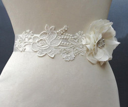 Wholesale 2014 New Charming Handmade Flower Lace Fashion Bridal Sashes Belts Accessories Bridesmaid Wedding Dresses High Quality Cheap