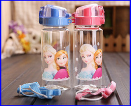 Wholesale new style High Quality drinkware Frozen Anna and Elsa PP Texture Suction cups kids cartoon water bottle Straw Bottle sports bottles